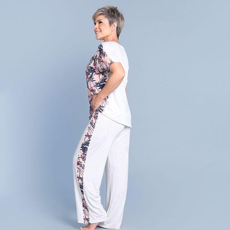 Pijama Tipo Pantalon Con Estampado Floral En Fondo Rosa Multicolor Flamingo